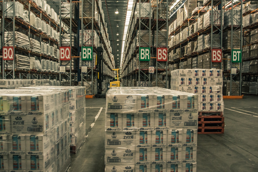 warehousing-image-to-right